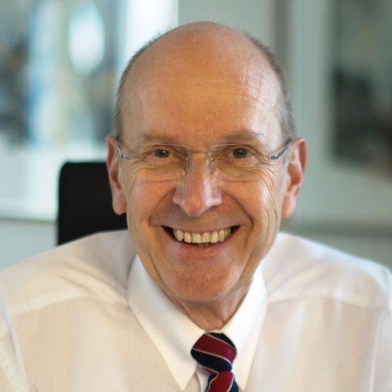 Dr. Bertram Dressel